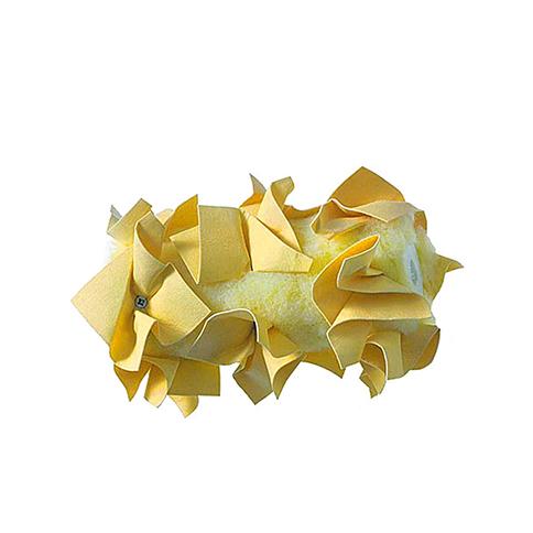 Die Mako Creativ Line Leder-Rosettenrolle eignet sich hervorragend für die kreative Wandgestaltung in Rolltechnik. Die Farbrolle besitzt einen Vestanbezug, eine Arbeitsbreite von 18 cm und Rosetten aus hochwertigem Synthetikleder. Sie ist kompatibel mit dem 6 mm Rollerbügel der Produktlinie Creative Line.-Geräte und Zubehör-Rossettenroller-Mako